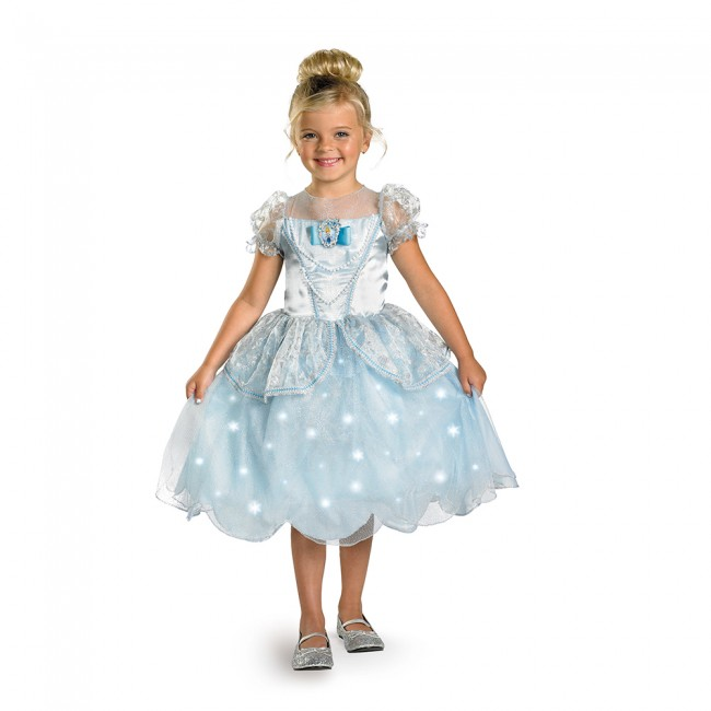little girl in disney princess cinderella dress